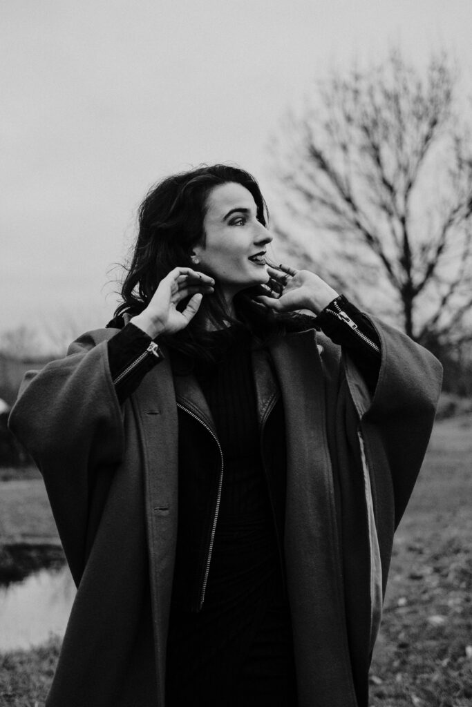 Autoportrait en noir et blanc Alice Degremont