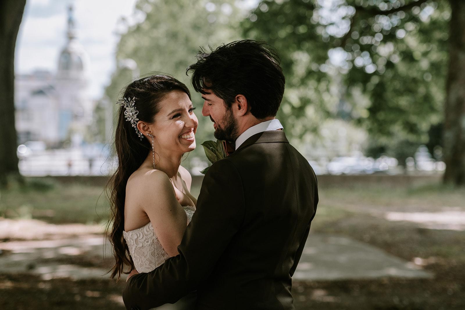 couple de mariés à Nantes